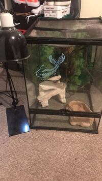 Black framed clear glass pet tank and heat lamps Capitol Heights, 20743