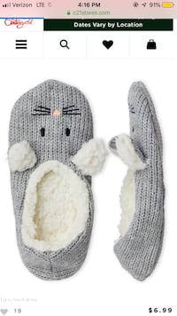 Size 5-7 slipper socks with grippers  Indio, 92201