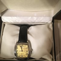 round gold analog watch with black leather strap Akron, 44314