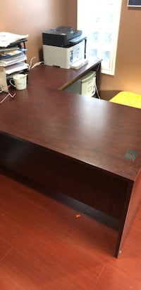 L shape office desk  Burnaby, V5C 4Y8