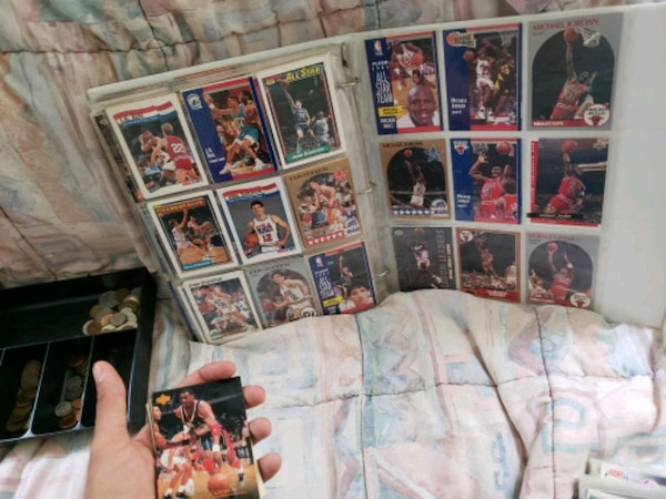 Basketball card collection c134dc73-6064-4c1d-a650-63f25a6d38ca