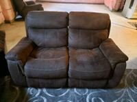 Reclining sofa set  Brampton, L6Z 4L5