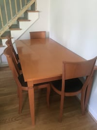Dining room table with chairs Arlington, 22206
