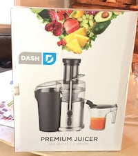 Dash Premium Juicer BRAND NEW OUT THE BOX Falls Church, 22042
