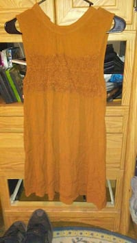 Size Medium Dillards Chic/Hippie dress