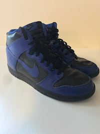 ( men's size 8.5) Pair of blue nike high-top sneakers Johnston, 50131