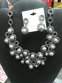 silver beaded collar necklace and pair of earrings Wasilla, 99654