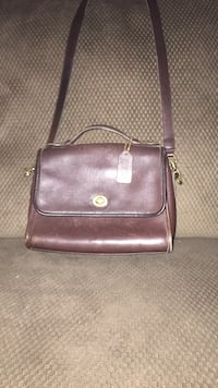 Brown leather crossbody bag Roanoke, 24019