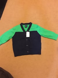 green and black button-up sweater Mississauga, L5A