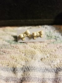 white ribbon stud earrings