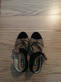 Women's black and brown sandals