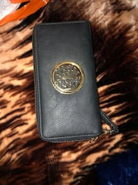 Black leather wallet Surrey, V3V 7Z6