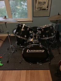 Black Ludwig 5 piece drum kit. Simcoe, N3Y 3L3