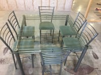 NEW CONDITION BEAUTIFUL 6 SEAT GLASS TABLE Orangeville, L9W