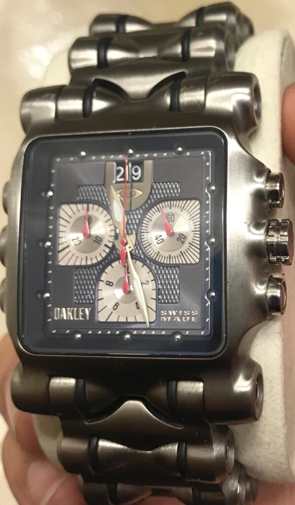 3abbe0a33ff87 Used Oakley minute machine titanium watch for sale in Yonkers - letgo