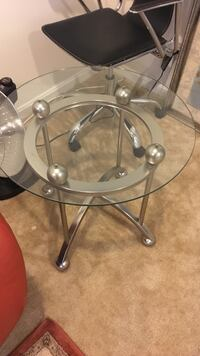 Round clear glass top table with stainless steel base Lorton, 22079