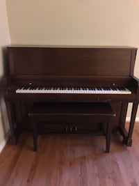 spinet piano 32 km