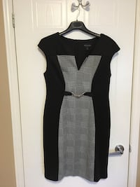 Eonnected Black and white sleeveless dress Montréal, H9H 5C4