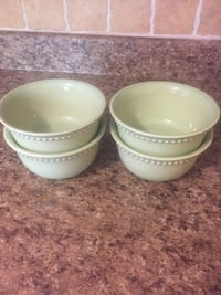 Pottery Barn Dishes - 5 plates / 4 bowls - light green color Hagerstown, 21740
