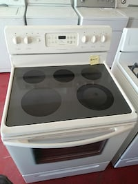 Frigidaire Electric stove.  Cleveland, 44102