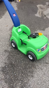 green and black push mower Brampton, L6P 2N7