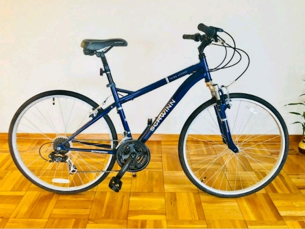Schwinn Hybrid Bicycle