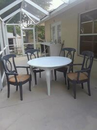 Round dining set mint can deliver  Venice, 34293