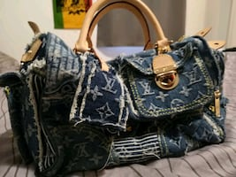 Authentic Louis Vuitton hand bag (used 1 time)