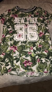 white and pink floral print shirt Oakville, L6H
