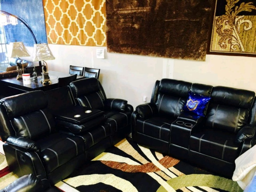used 100 leather living room set with tv free for sale in houston rh tr letgo com