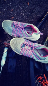 pair of gray-and-pink running shoes Spokane, 99207