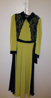 black and yellow scoop neck long sleeve dress Vaughan, L4K 5W4