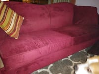 Burgundy couch Marcus Hook, 19061