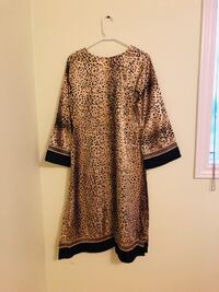 Kurti long shirt used once only from a pet and smoke free home for only 5$ Vaughan, L6A 3A6