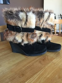 Black suede and fur boots Fall River