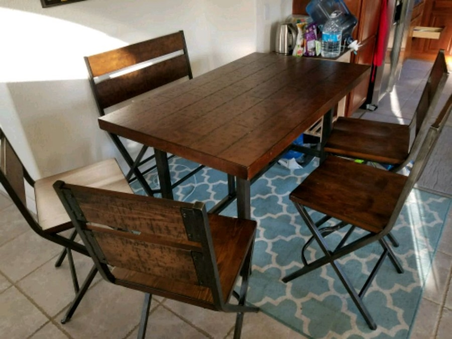 used barn style dining table 4 chairs bench for sale in san jose rh gb letgo com