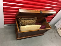 Small storage chest perfect for Storage of bed linen, personals Las Vegas, 89139