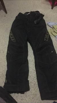 Limited edition fxr ski pants  Medicine Hat, T1A