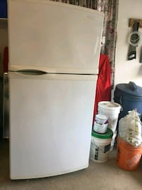 white top-mount refrigerator Vaughan, L4J 5S3