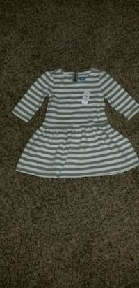 Gap 3 yrs Dress - New with Tags Surrey, V3S 7J5
