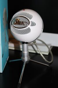 Used iCE Snowball Microphone Brampton, L7A 1P2