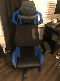 RESPAWN-200 Racing Style Gaming Chair. Hanford, 93230