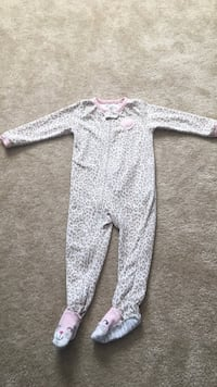 Toddler pajamas white and gray leopard pattern Falls Church, 22043