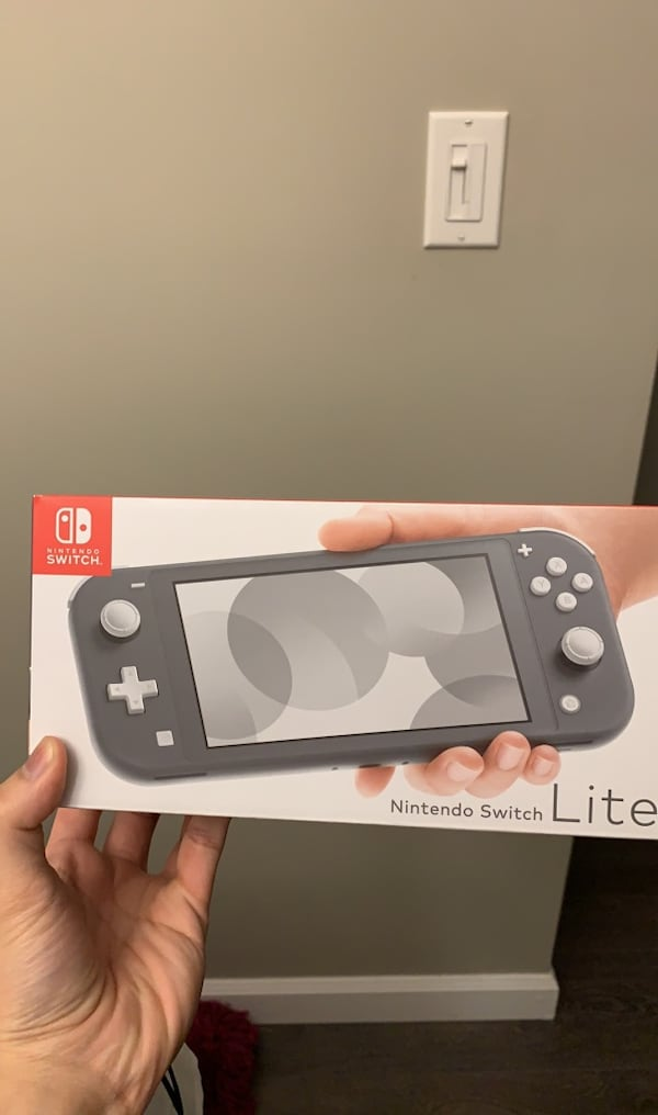 NEW Nintendo Switch Lite GREY c0f46e81-7298-4817-9a1a-7e17c43059f8