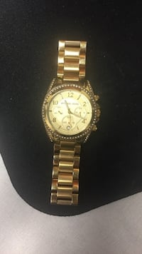round gold Michael Kors chronograph watch with link bracelet Toronto, M4J 3T3