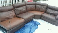 Broyhill sectional its got 2 electric recliners Columbus, 43223