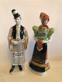 Hungarian hollohaza porcelain couple Toronto, M2R 3N1