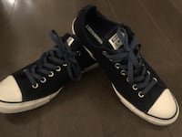 New ~ converse all star runners ~ men's 9.5 (or women's 11.5) ~ navy Surrey, V4N 6A2