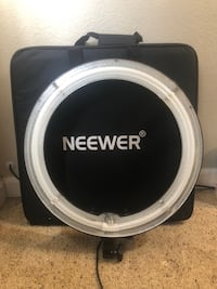 Neewer ring light NEW with carrying case Redwood City, 94063