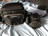 Mint Condition FujiFilm Finepix S3400 Mississauga